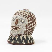 Ancestral figure from Cameroon (1976)