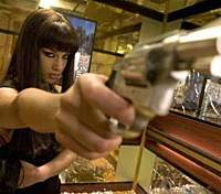 Alicia Keys in 'Smokin' Aces' | (c)2006 UNIVERSAL STUDIOS. ALL RIGHTS RESERVED.