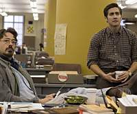Robert Downey Jr. (left) and Jake Gyllenhaal watch paint dry in  'Zodiac.' | (c)2007 WARNER BROS. ENT. AND PARAMOUNT PICTURES. ALL RIGHTS RESERVED