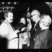 Power meeting: Directors Brian De Palma and Akira Kurosawa chat at the second Tokyo International Film Festival. | © 1987 TIFF
