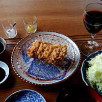 Butagumi in Nishi-Azabu takes its tonkatsu very seriously. Using premium pork, both lean hire (top and above) and fatty rosu are on the menu and come served with organic cabbage and homemade Worcestershire sauce. | ROBBIE SWINNERTON PHOTOS