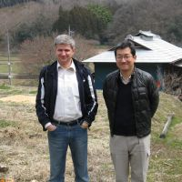 Like minds: Irradiated forests are the concern of Ukraine's Sergiy Zibtsev (left) and Japanese academic Tatsuhiro Ohkubo, seen here in Tochigi Pref. | WINIFRED BIRD
