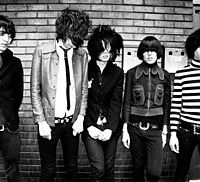 The Horrors (from left: Tomethy Furse, Faris Rotter, Joshua Von Grimm, Spider Webb and Coffin Joe) experience a good-hair day. | YOSHIKA HORITA PHOTO