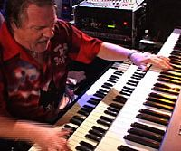 Brian Auger is giving Japan Times readers tickets to his forthcoming Tokyo concerts.