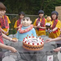 Birthday boy: Doraemon fans honor the manga's Gian character. | TOMOKO OTAKE