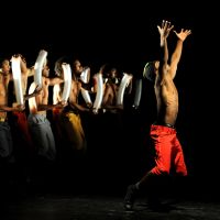 Fluid street dance: Brazilian hip-hop dancers sway stacks of plastic cups in time to music for Compagnie Kafig's 'Agwa.' | © MICHEL CAVALCA