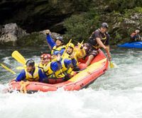 Multicultural rafting: Slovakian-Japanese Australian Michael Balazik gives bilingual instructions to a group of Swedes and Japanese on the Yoshino River. | PERRIN LINDELAUF PHOTOS