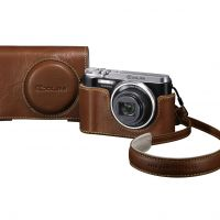 Point-and-shoot cameras that focus on quality