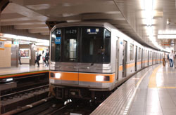 Taken for granted: A train arrives at Ueno Station on Tokyo Metro's Ginza Line. | COURTESY OF TOKYO METRO CO.