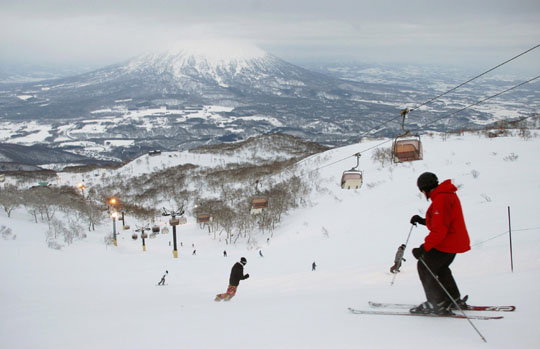 China's growing clout felt in Niseko