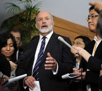 Weighty summary: International Atomic Energy Agency team leader Mike Weightman answers questions from reporters Wednesday after submitting a report to the government at the prime minister's office.   AP