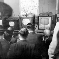 Dawn of the boob tube: People look at television sets being exhibited at the Post and Telecommunications Ministry in November 1953, when TV was an expensive luxury for working-class people. | KYODO PHOTO