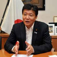 Disappointed: Liberal Democratic Party lawmaker Yoshitaka Shindo is interviewed Wednesday in Tokyo. | YOSHIAKI MIURA
