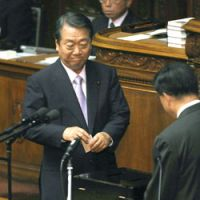 One man, one vote: Ichiro Ozawa casts a ballot for the new prime minister during the Lower House plenary session on Tuesday. | KYODO
