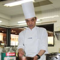 Fryathlon?: Tsutomu Momoi, a Toyama Prefecture chef who will represent Japan at the 23rd Culinary Olympics, is seen at work in the city of Toyama on May 9. | KYODO
