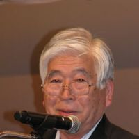 Tokai mayor at front of antinuclear drive