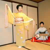 Kanazawa's geisha tradition gets boost with new blood