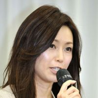 Resurrected: Noriko Sakai announces her return to the entertainment industry during a news conference in Koto Ward, Tokyo, on Saturday. | KYODO
