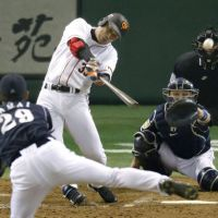 Cometh the hour: Yomiuri's Yoshihito Ishii knocks in the game-winning run in the bottom of the ninth inning of the Giants' 3-2 victory over the Dragons in Game 5 of the Central League Climax Series final round on Sunday.   KYODO