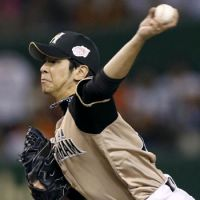 Fighters' Takeda doesn't back down from pressure