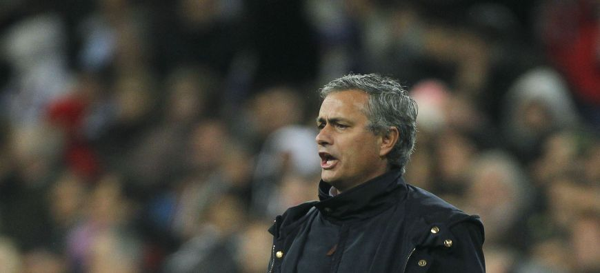 Walls closing in on Madrid manager Mourinho after club's latest setback