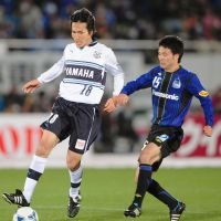 Angel of death: Ryoichi Maeda (left) scored his first goal of the season in Sunday's 2-1 win over Gamba Osaka. Each team that Maeda has opened his account against for the past five seasons has gone on to be relegated. | KYODO