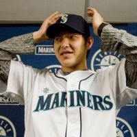 New beginnings: Hisashi Iwakuma shouldn't face any added pressure in his first season with the Seattle Mariners. | KYODO