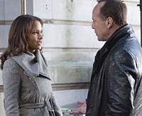 Halle Berry and Bruce Willis in 'Perfect Stranger.'   ©2007 REVOLUTION STUDIOS. DISTRIBUTION COMPANY, LLC. ALL RIGHTS RESERVED.