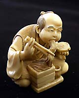 A finely detailed old netsuke