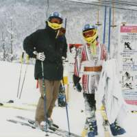 Avid skier Masunaga (right) with a friend in Niseko, Hokkaido, in 1997. | COURTESY OF HIDETOSHI MASUNAGA