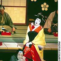 Tojuro playing the courtesan Ohatsu opposite his son Nakamura Kanjaku as her lover Tokubei in 'Sonezaki Shinju'