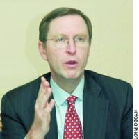 Former White House economist warns against hasty BOJ policy shift