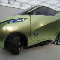 New look: The PIVO3, a concept electric vehicle made by Nissan Motor Co., is displayed at the firm's development center in Kanagawa Prefecture on Oct. 20.   HIROKO NAKATA