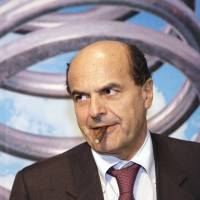 Lackluster Bersani fuels fears of Berlusconi's return