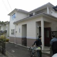 Farewell bids: This house in Sakura, Chiba Prefecture, was sold by a company that bought it at auction. Recently, there has been an increase in properties sold through auction because owners defaulted on loans.   PHILIP BRASOR