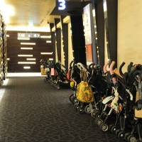 At the drive-in: Handy baby-stroller parking at Mama's Club Theater. | TOHO
