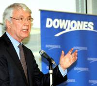 Shift to charging for online news inevitable, Dow Jones chief says