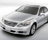On the list: The luxury sedan Lexus LS460 is one of the models recalled in the United States by Toyota Motor Corp. on Wednesday.   TOYOTA MOTOR CORP/KYODO PHOTO