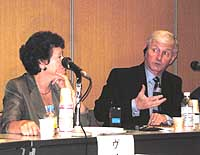 Andrew Coyle, director of the International Centre for Prison Studies, and colleague Vivien Stern discuss prison reforms during a symposium in Tokyo. | MASAMI ITO PHOTO
