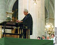 Sen Genshitsu, a prominent tea ceremony master, performs his art in Mexico City's Metropolitan Cathedral.