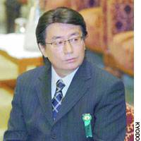 Disgraced architect Hidetsugu Aneha gives sworn testimony at the Lower House Land, Infrastructure and Transport Committee about the building safety scandal.