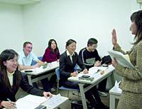 Foreign students attend a seminar held by Tempstaff Universal Co. in Tokyo's Chiyoda Ward in February.