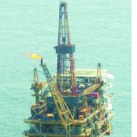 This Chinese drilling platform is in the Pinghu gas field near the Japan-drawn median line.