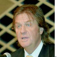Timothy Blackman speaks during a news conference at a Tokyo hotel.