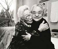 Photographer Munesuke Yamamoto captures two women in their 70s and 80s who became best friends at a nursing home after their houses were destroyed in the 1995 Great Hanshin Earthquake. | MUNESUKE YAMAMOTO PHOTO/KYODO