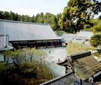 The centuries-old main hall of Zuiganji Temple in Matsushima, Miyagi Prefecture, is scheduled to be repaired for the first time since it was built in 1609.   KYODO PHOTO