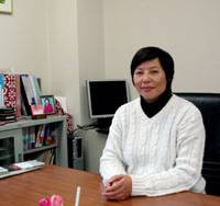 Eika Ma, a Chinese permanent resident in Japan and president of Tokyo Elevator Co., is interviewed last month at her office in Chuo Ward, Tokyo. | SETSUKO KAMIYA PHOTO
