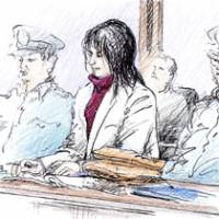 A sketch shows Yasuyoshi Ishijima, who was convicted of confining and injuring four females, as he appeared Friday before Tokyo District Court for sentencing.   KYODO PHOTO
