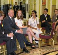 G8 youths ask for 'strict' carbon cap-and-trade system