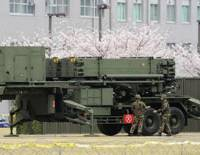 Standing down: A Patriot Advanced Capability-3 antimissile unit is taken offline Sunday at the Defense Ministry in Ichigaya, Tokyo, after the government decided not to try to intercept a North Korean rocket that passed over Japan. | KYODO PHOTO